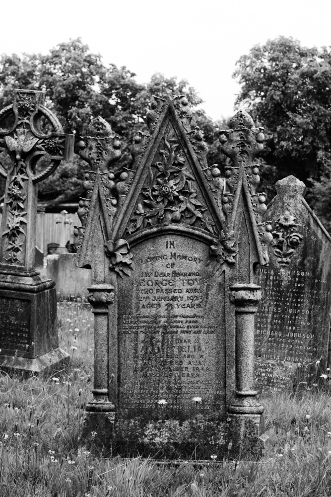 Churches, Dead people and the like (5/6)