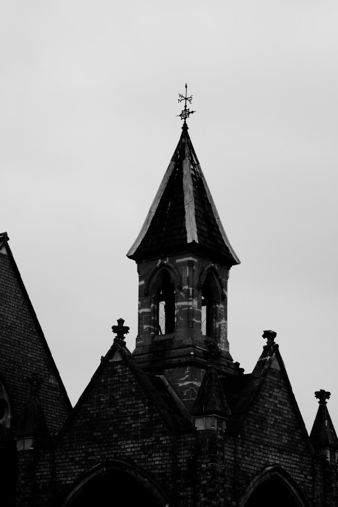Churches, Dead people and the like (2/6)
